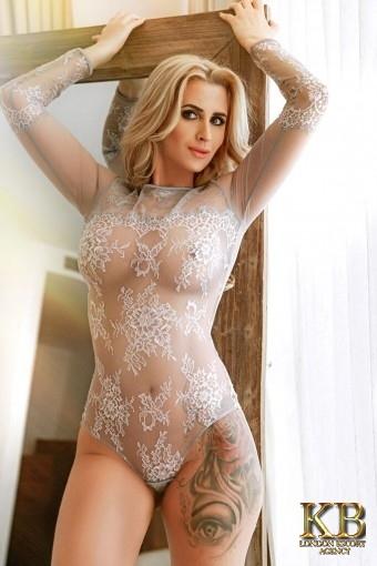 Blonde escort Teresa