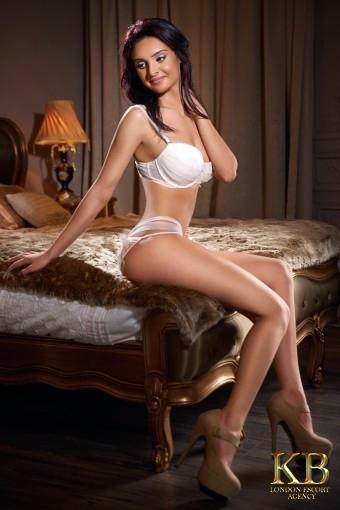 Marina brunette slim escort