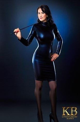 Alexandra mature escort